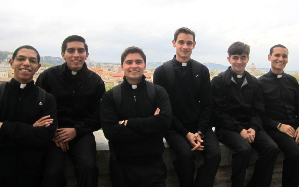 H. Mateo Arias, LC: ¿Por qué yo, Señor?, Don y Misterio